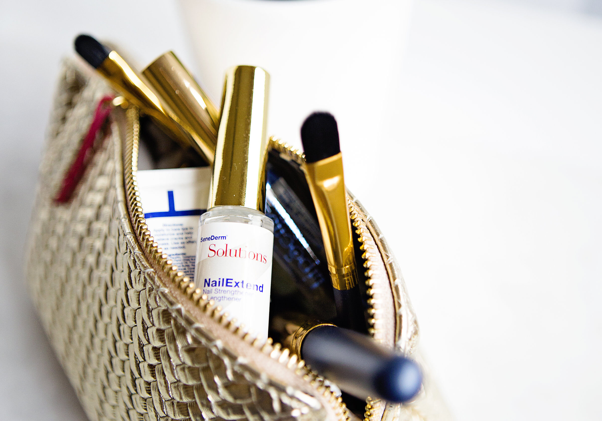 Product Shot Makeup Bag Portrait Nail Extend